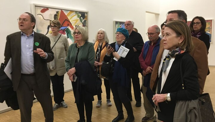 tour group in an art gallery