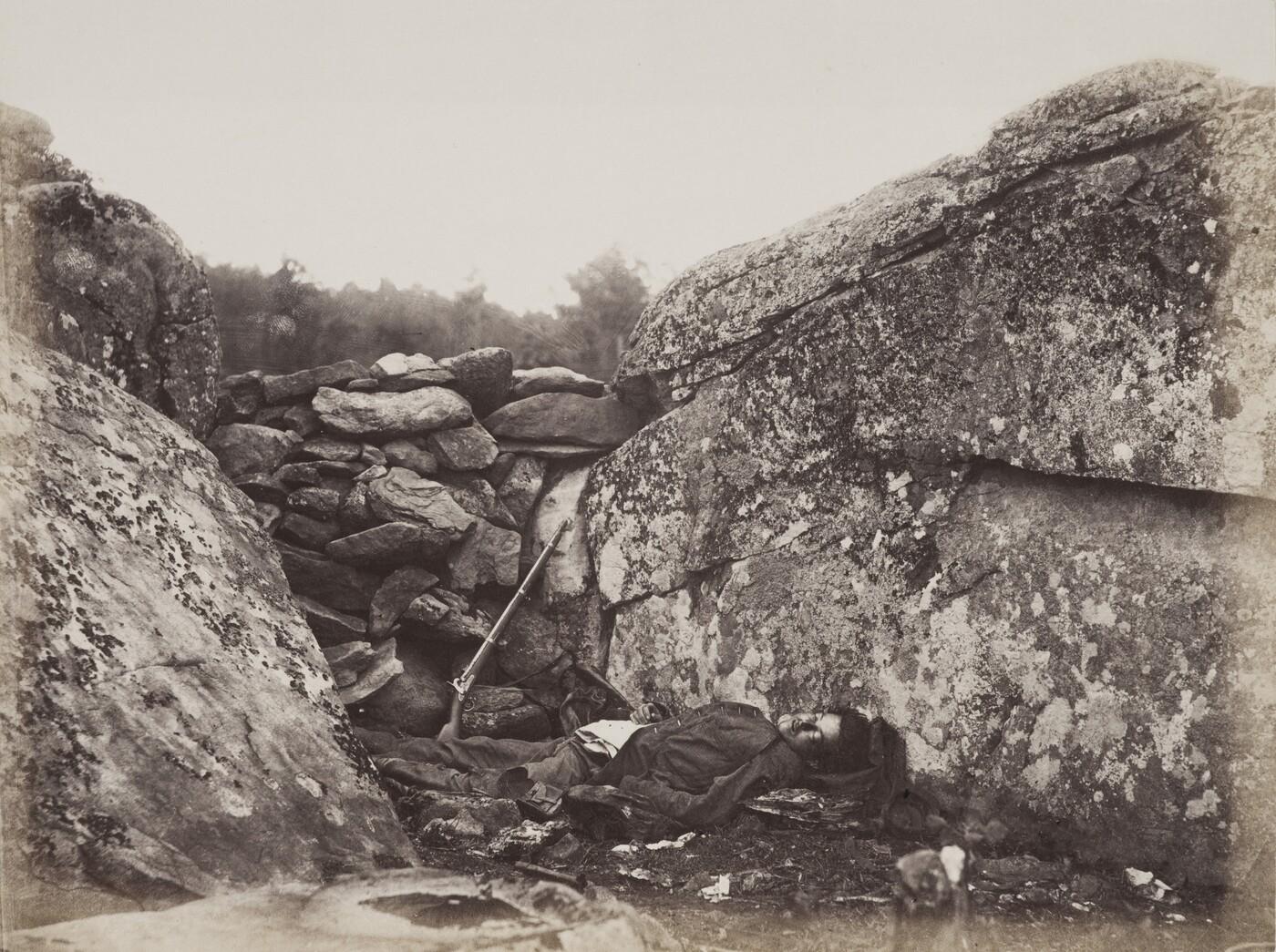 Alexander Gardner (1821–1882), Home of a Rebel Sharpshooter, Gettysburg, 1866, Albumen silver print