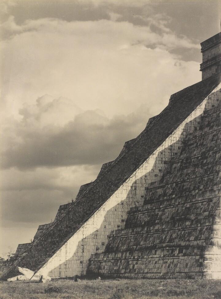 Laura Gilpin (1891–1979), Steps of the Castillo, Chichen Itza, 1932, Gelatin silver print