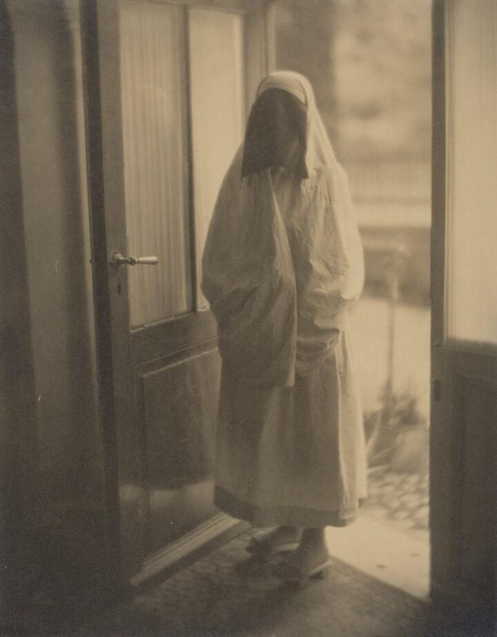 Clara Sipprell (1885–1975), A Moslem Woman, Sarajevo, Bosnia, ca. 1925, Gelatin silver print on tissue
